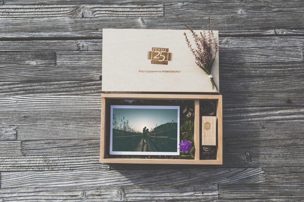 Packaging Frame 25 Studio